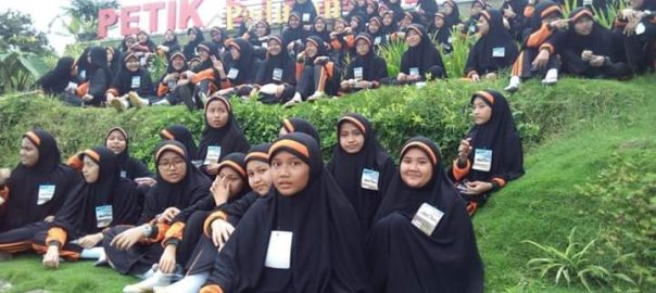 SMP Pi Luqman Al Hakim Surabaya